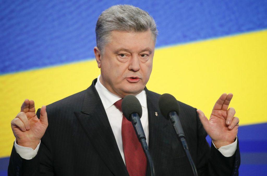 Через полтора месяца Порошенко намотает врагов на